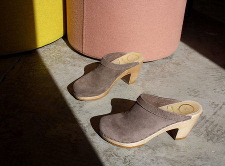 No.6 Old School Clog in Light Grey Suede