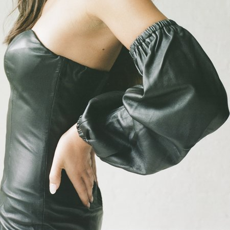 alyson eastman Cathedral Sleeves - Black