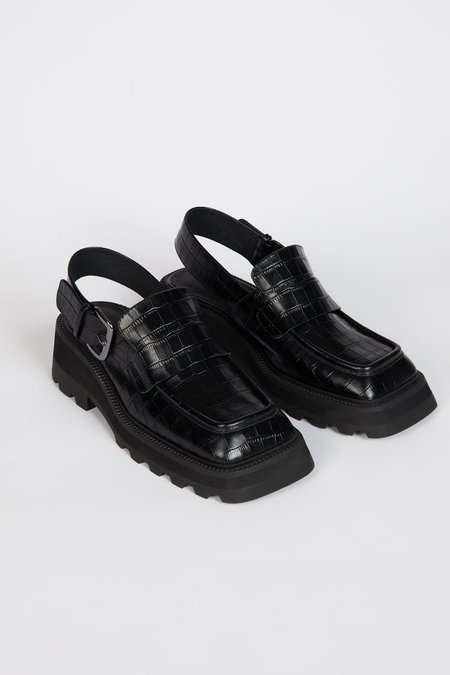 """""""INTENTIONALLY __________."""" NO ISSUE shoes - Black"""