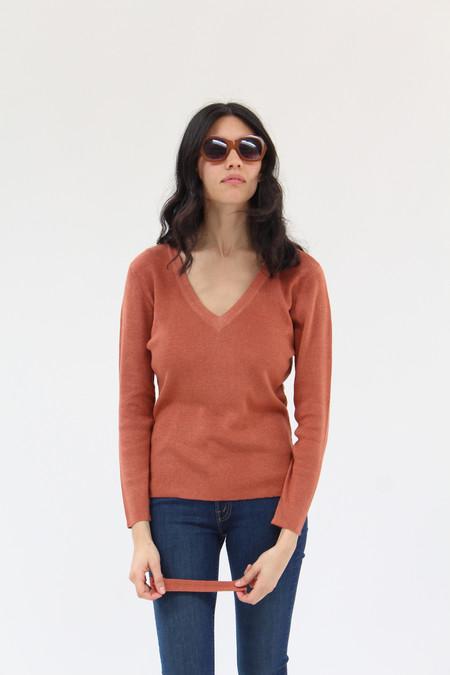 Beklina Ribbed Bar V-Neck Sweater Red Clay