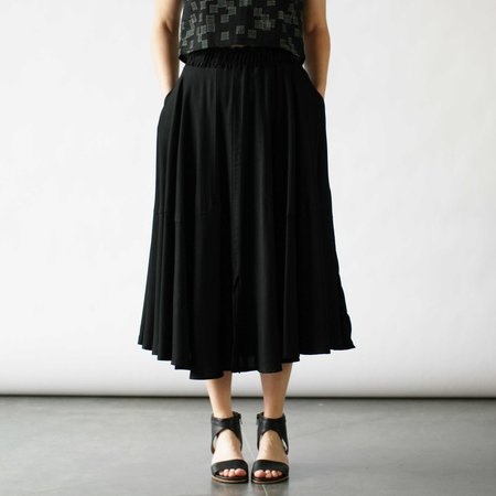 Curator Grace Skirt in Black