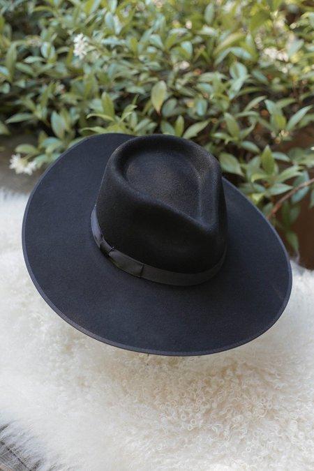 Noir Rancher in Black