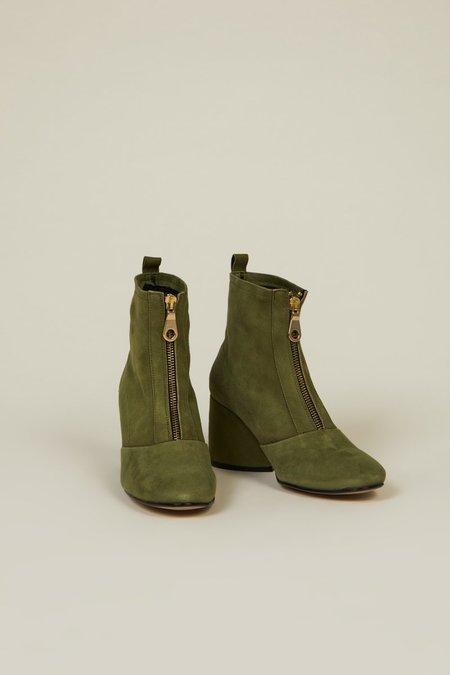 """INTENTIONALLY __________."" Luck 2 Boots - Khaki"