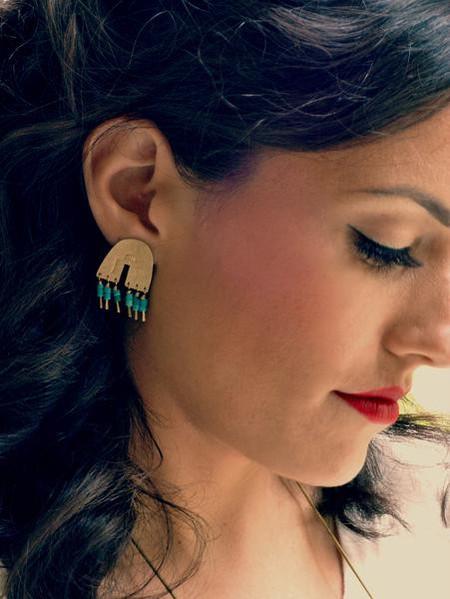 Lumafina Arco Iris Studs with Lapis Beads