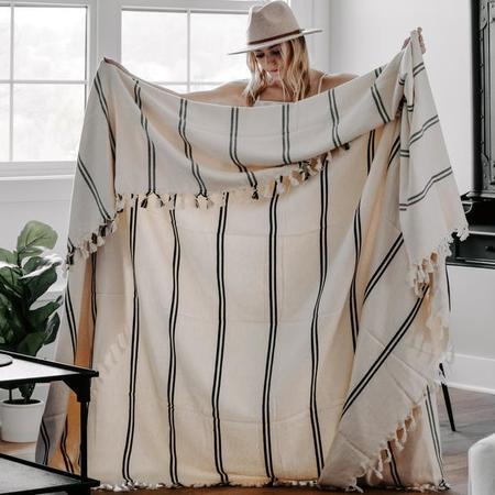 Sweet Water Decor Kate Turkish Throw Blanket