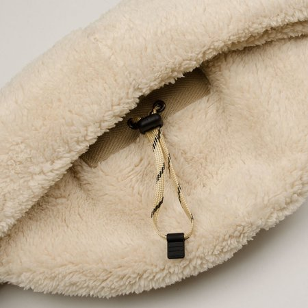 cableami - Boa Fleece Drawcord Hat - Ivory