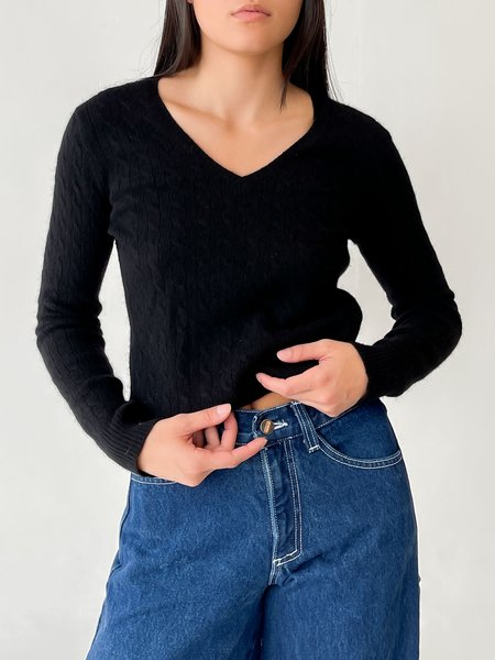VINTAGE MELISSA Cable Knit Cashmere Sweater - BLACK
