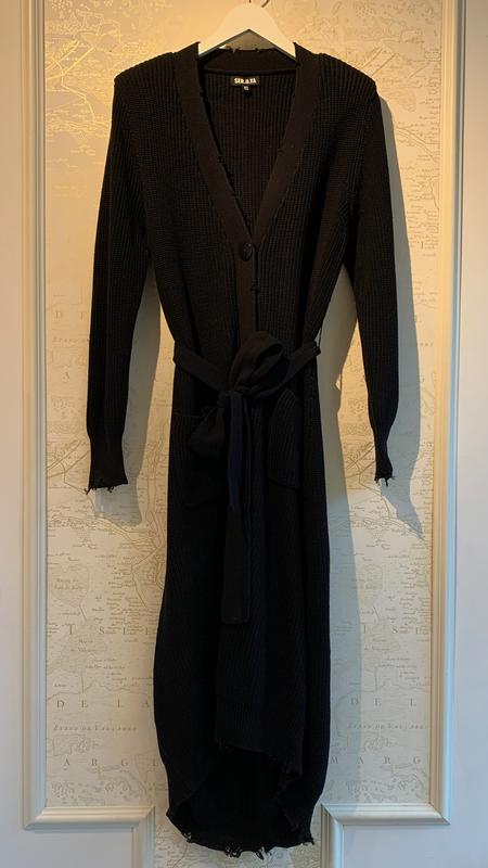 Ser.o.ya Amanda Sweater Dress - Black