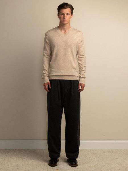 PURECASHMERE NYC Men V Neck Sweater - Oatmeal