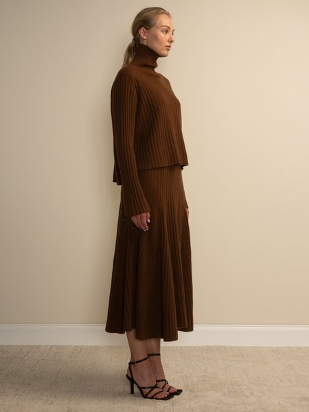 PURECASHMERE NYC Turtleneck Rib Sweater - Deep Camel