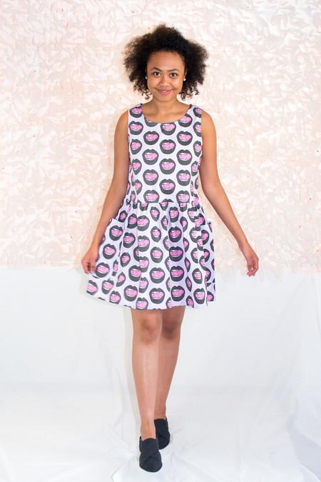 NOOWORKS Big Pocket Dress in Mouth Print