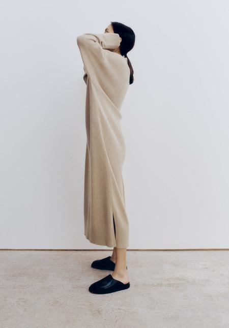 Monica CORDERA BABY ALPACA V-NECK DRESS - PALE OLIVE