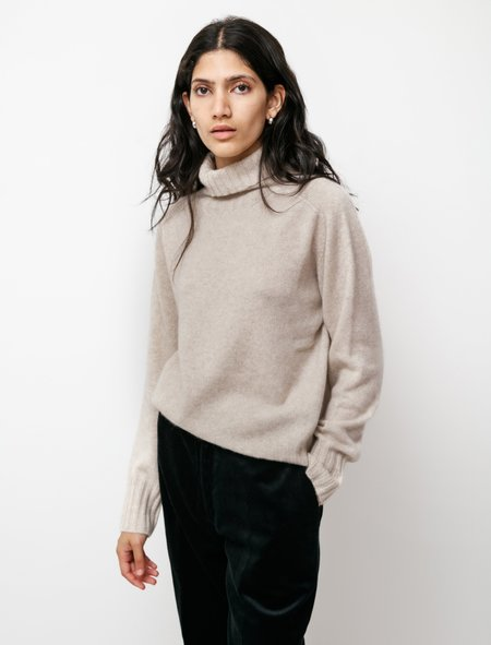 Margaret Howell Wide Roll Neck Cashmere sweater - Natural Light Brown