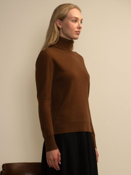 PURECASHMERE NYC Turtleneck Sweater - Deep Camel