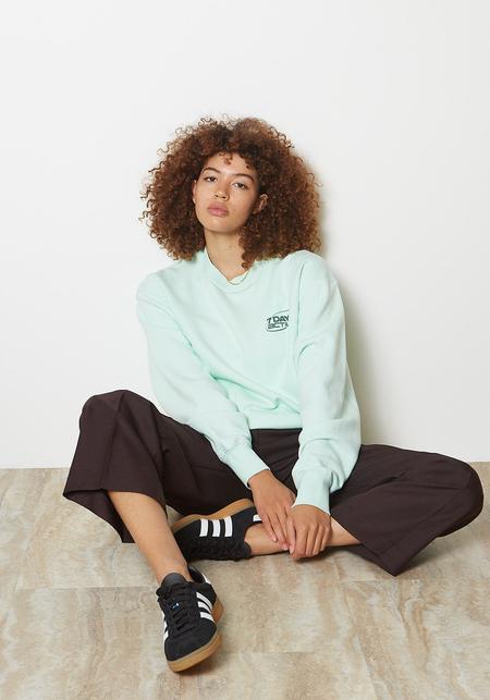 unisex 7 Days Active Monday Crewneck sweater - Honeydew