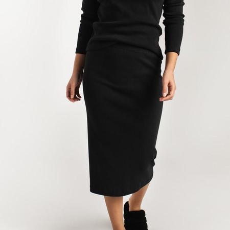 Pillar Stretch Skirt - Black
