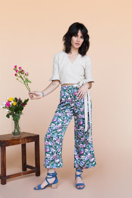 BETWEEN TEN Ringo Pants - Green Floral
