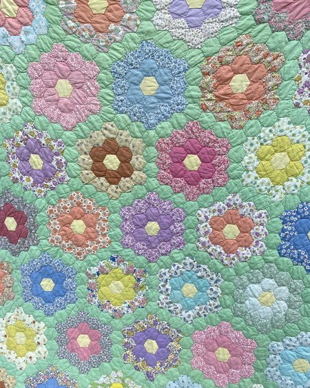 Vintage 1960s Grandmothers Flower Garden Patchwork Quilt