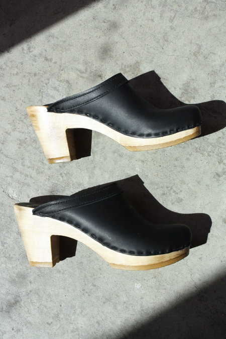 No.6 Old School Clog