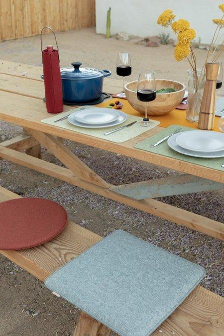 Graf Lantz Zabuton Seat Pad Round Felt - Sage/Natural