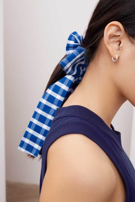 Kowtow Bow Hair Tie - blue/white check
