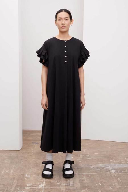 Kowtow Pleated Sleeve Dress - BLACK