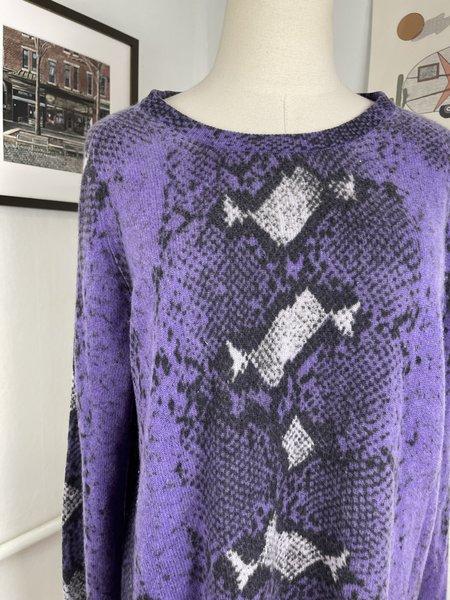 [PRE-LOVED] Equipment Snake Print Cashmere Sweater - purple/cream