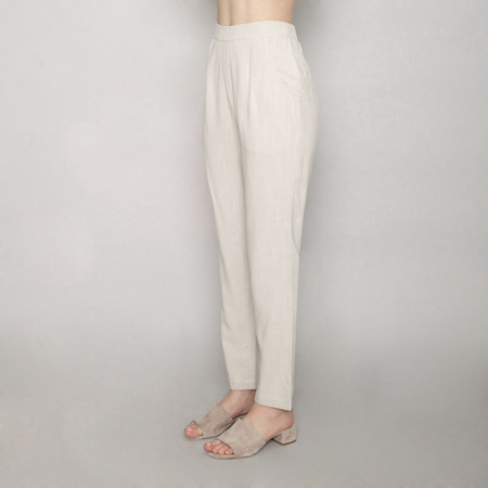 7115 by Szeki Relaxed Tapering Trouser - Sand