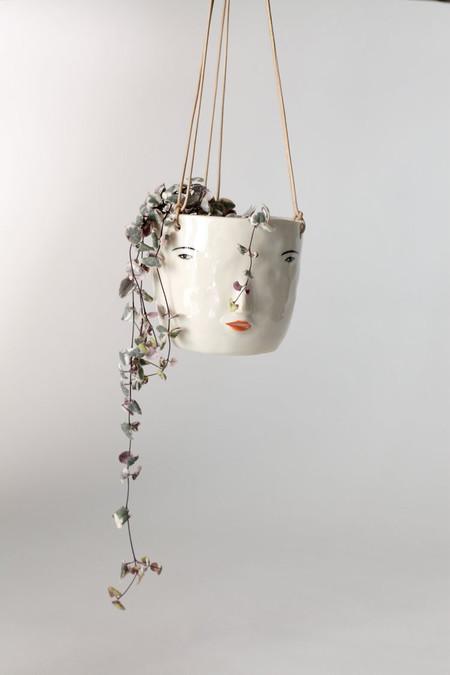 Rami Kim Face Hanging Pot