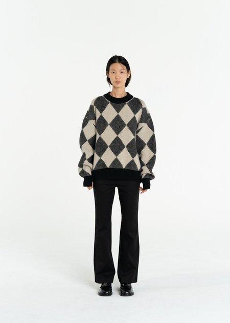 AMOMENTO Solid Flare Pants - Black