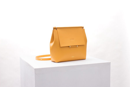 IMAGO-A Nº42 Carré Shoulder - Sunflower