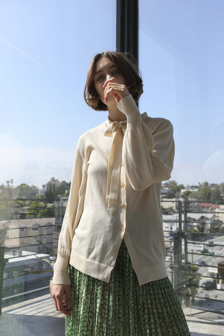 A Détacher Olive Cardigan in Cream