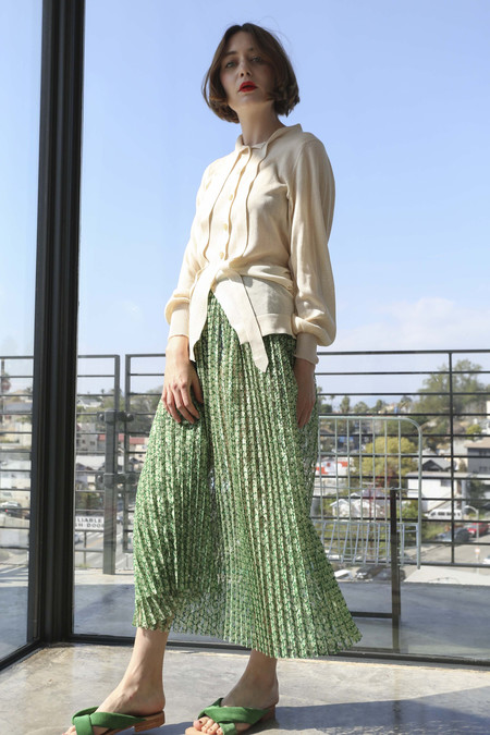 A Détacher Serafina Skirt in Green Carnation Lace Print