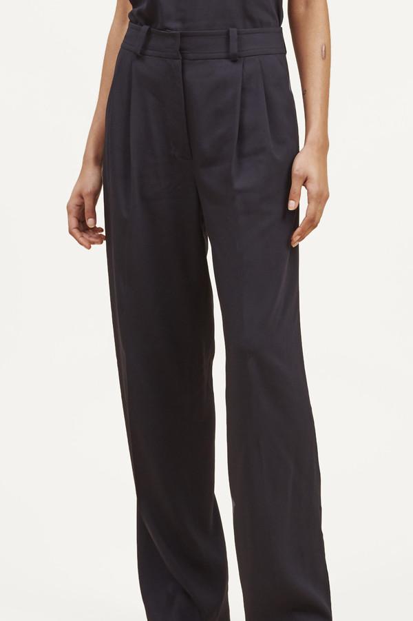 Waltz Wide Leg Pleated Trouser