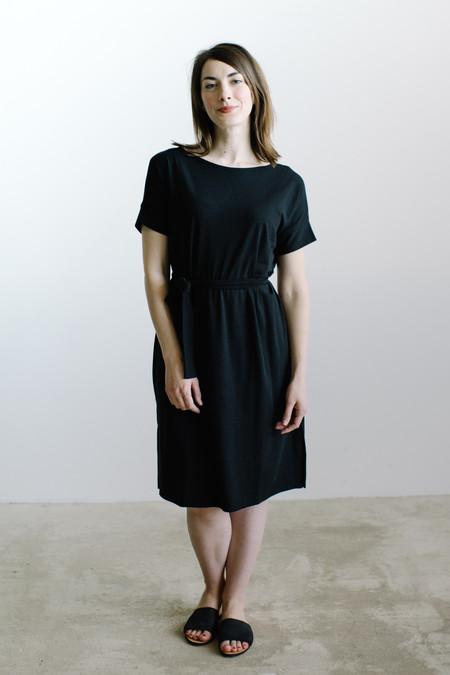Natalie Busby Soft Square Dress / Black