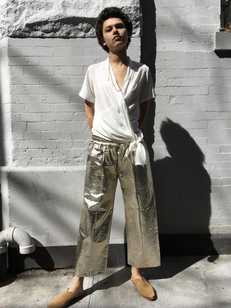 Nikki Chasin Patch Elastic Waist Pant Gold