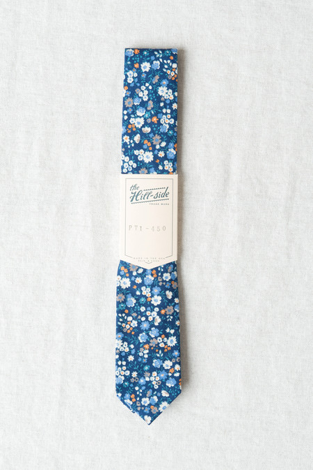 The Hill-Side/Hickoree's Standard Tie In Small Flowers Blue