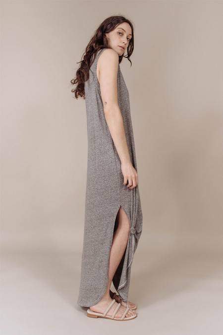The Great The Sleeveless Knotted Dress in Heather Grey