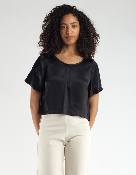 Ali Golden Silk T-Shirt Black