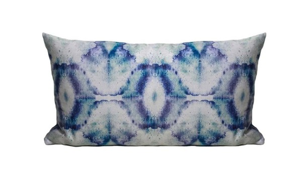 "Eskayel Bungalow Print Pillow in Royal 14""x24"""