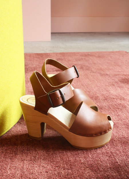 No.6 Peep Toe Jane Clog on Platform in Maple