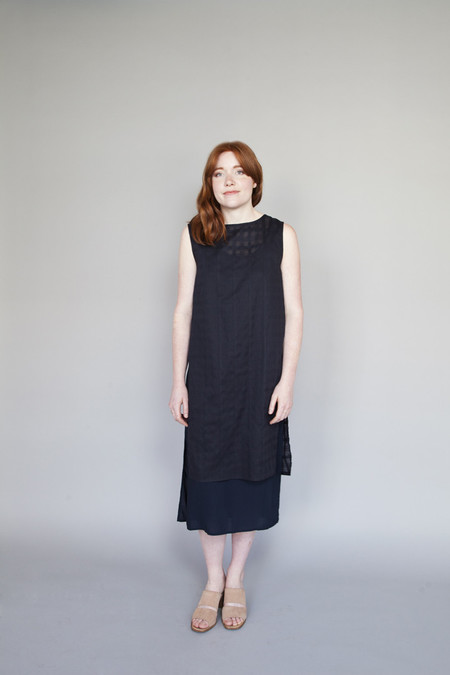 Jennifer Glasgow – Elevation Dress Dark Navy