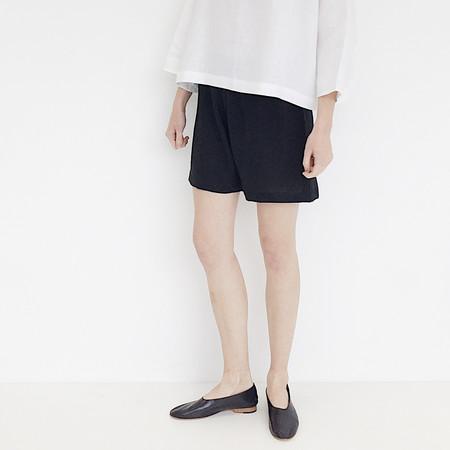 LLOYD Black Linen Short