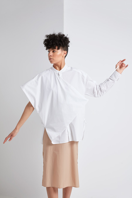 Reality Studio Ahyi Shirt (White)