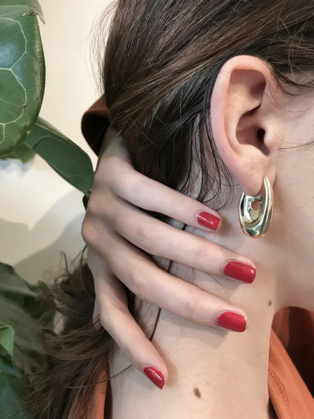 Leigh Miller Illusion Hoops
