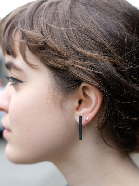 Another Feather Black Rivel Earrings