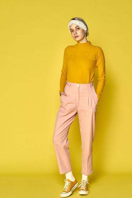 A.A high waisted bobby pants - pink