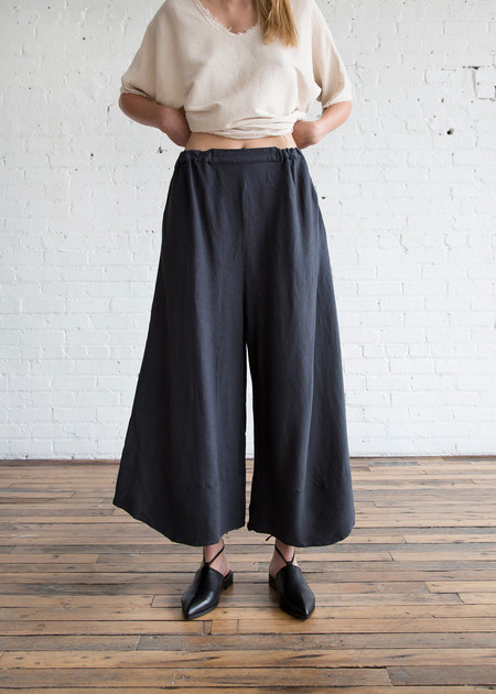 Black Crane Crinkle Pants Dark Grey