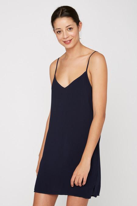 Lacausa Clothing V Slip