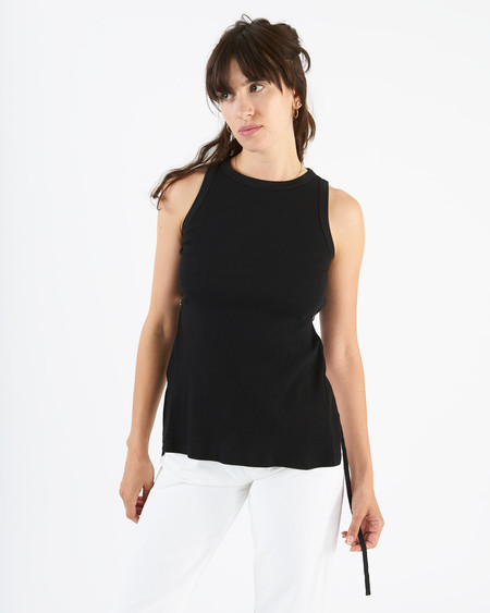 Aries tab vest - black